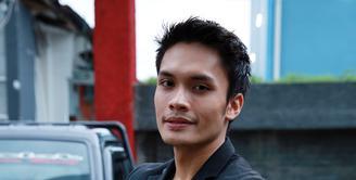 Aktor Indonesia, Randy Pangalila telah menjalin hubungan dengan sang kekasih, Michella Putri. Jalinan asmara yang sudah mereka jalani tidaklah sebentar, sudah 4 tahun Randy dan Michella bersama. (Deki Prayoga/Bintang.com)