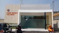 Pengabdian PT KAI terhadap masyarakat diwujudkan dengan pembangunan klinik yang berlokasi di Daerah Operasional 1 Jakarta, tepatnya di Cikampek, Karawang, Jawa Barat.