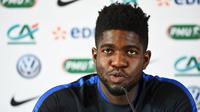 Bek Olympique Lyon asal Prancis, Samuel Umtiti. (AFP/Franck Fife)