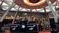 PT Garuda Indonesia (Persero) Tbk melakukan pencatatan perdana produk Kontrak Investasi Kolektif Efek Beragun Aset (KIK EBA) GIAA01 di Bursa Efek Indonesia (BEI) pada Selasa (31/07/2018).