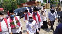 Anak Wakil Presiden Ma'aruf Amin, Siti Nur Azizah, bersama Ruhamaben, menjadi pasangan bakal calon wali kota dan wakil wali kota kedua, mendaftarkan diri ke KPU