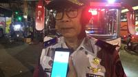 Kadishub Sulsel, Ilyas Iskandar saat memimpin sidak terhadap puluhan bus angkutan mudik lebaran di Terminal Daya Makassar (Liputan6.com/ Eka Hakim)