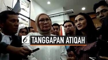 Atiqah Hasiholan memberikan tanggapannya terkait vonis hakim terhadap sang ibu, Ratna Sarumpaet yang tersandung kasus hoaks penganiayaan. Ini diungkapkan Atiqah usai persidangan di Pengadilan Negeri Jakarta Selatan.