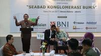 Deputi BUMN Bidang Pertambangan, Industri Strategis, dan Media (PISM), Fajar Harry Sampurno memberi keterangan saat diskusi tentang BUMN di Jakarta, Rabu (19/7). Diskusi tersebut bertema Seabad Konglomerasi BUMN. (Liputan6.com/Angga Yuniar)