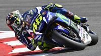 Pebalap Movistar Yamaha, Valentino Rossi, menempati posisi kedua pada sesi kualifikasi MotoGP San Marino di Sirkuit Misano, Sabtu (10/9/2016). (Movistar Yamaha)