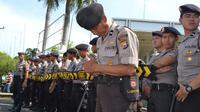 Jajaran Kepolisian Daerah Bengkulu disiagakan untuk pengamanan di Jalan Lintas Barat Sumatera (Liputan6.com/Yuliardi Hardjo Putra)