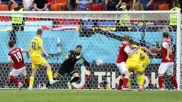 Austria patut berterima kasih pada Christoph Baumgartner yang berhasil mencetak gol satu-satunya pada menit ke-21 dengan memanfaatkan asis dari David Alaba. Keunggulan tersebut bertahan sampai wasit meniupkan peluit panjang. (Foto: AP/Pool/Marko Djurica)