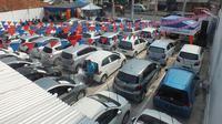 Tidak cuma mobil baru, penjualan mobil bekas di pasar nasional juga cukup tinggi.