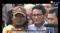 Para pedagang berharap pasangan Prabowo - Sandi agar memperjuangkan harga-harga kebutuhan kembali normal.