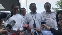 Sekjen PDIP Hasto Kristiyanto menyatakan, delapan sekjen parpol pengusung Jokowi-Ma'ruf Amin bakal mendatangi RSPAD (Liputan6.com/ Yunizafira Putri)