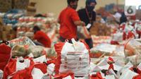 Bantuan sosial (bansos) adalah upaya pemberian bantuan yang bersifat tidak tetap agar masyarakat dapat meningkatkan taraf kesejahteraan.