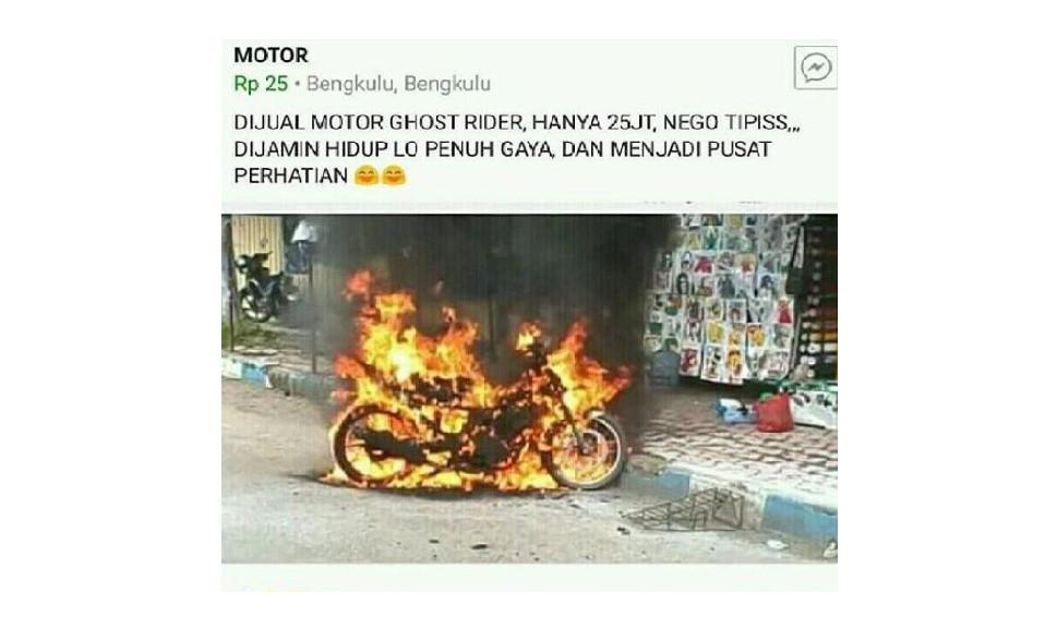 (Foto: Brilio.net) Motor kebakar malah diiklanin
