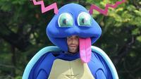 Maroon 5 pakai kostum monster lucu untuk syuting video klip terbaru (Foto: aceshowbiz.com)