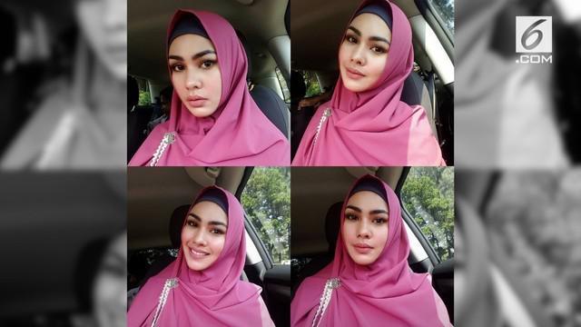 Putuskan berhijab, Kartika Putri hapus semua foto dirinya yang tidak menutup aurat di Instagram.