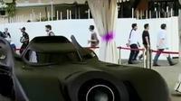 Razia tempat hiburan malam yang diduga sarang peredaran narkoba. Sementara itu, mobil di film Batman dipamerkan di IIMS 2016.