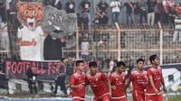 Pemain Persija Jakarta tampil di laga amal untuk korban tsunami Selat Sunda. (Dok Persija)