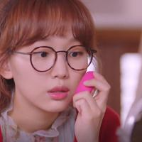 Foreo UFO dalam drama Korea The Secret Life Of My Secretary