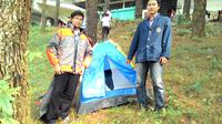 Desain inovatif berupa jaket karya mahasiswa IPB ini  yang mampu menjadikan bepergian ke gunung lebih praktis dan efisien. (Liputan6.com/Bima Firmansyah)