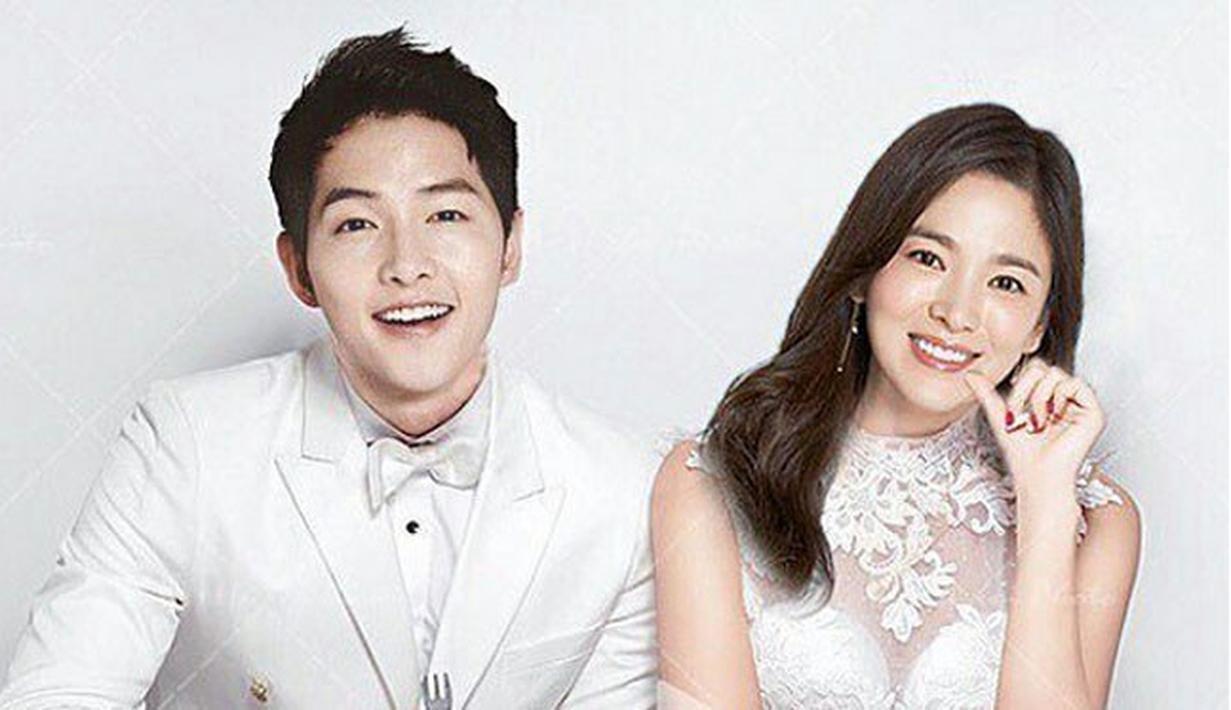 Semakin dekat hari pernikahan Song Joong Ki  dan Song Hye Kyo, nempaknya persiapan mereka pun juga sudah hampir selesai. Keduanya tinggal menunggu hari bahagianya itu tiba nanti, dan resmi menjadi suami-istri. (AFP/hyunie_park1001)