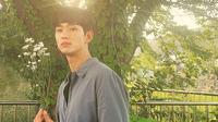 Kim Soo Hyun. (dok. Instagram @soohyun_k216/https://www.instagram.com/p/CC-YiLYg8Jr/)