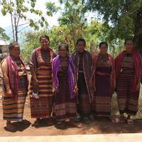 Ibu pengangam binaan Du'Anyam di Desa Wulublolong, Pulau Solor, Flores Timur, NTT. (Edy Suherli/Bintang.com)
