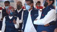 Menteri ESDM Arifin Tasrif, Direktur Utama Pertamina Nicke Widyawati dan Direktur Utama Pertamina Patra Niaga Sub Holding Commercial & Trading Pertamina Mas'ud Khamid melakukan peninjauan langsung di Fuel Terminal (FT) Tanjung Gerem, Rabu (30/12/2020).