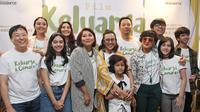 Serial drama di era 90'an yang cukup terkenal, Keluarga Cemara akan diangkat ke layar lebar.