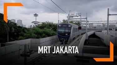 Mulai hari ini MRT Jakarta beroperasi komersil. Ada dua metode pembayaran untuk naik MRT Jakarta.