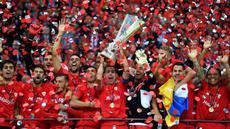 Sevilla sukses merengkuh trofi juara Liga Europa usai mengalahkan Dnipro Dnipropetrovsk dengan skor 3-2 dalam partai final yang berlangsung di di Stadion Narodowy, Warsaw, Kamis (28/5) dini hari WIB.