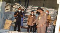 Menteri Pertanian (Mentan) Syahrul Yasin Limpo menghadiri panen raya padi di Desa Telarsari, Kecamatan Jatisari, Kabupaten Karawang, Jawa Barat.