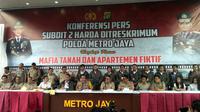 Jumpa pers sindikat penipuan penjualan apartemen di wilayah Ciputat, Tangerang Selatan. (Merdeka.com/ Ronald)