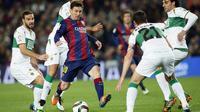 Barcelona vs Elche (REUTERS/Albert Gea)