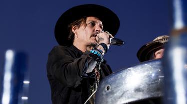 Festival-Glastonbury-Johnny-Depp