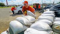 Penduduk negara bagian Louisiana bersiap evakuasi dalam menghadapi hantaman Badai Barry akhir pekan ini (AP/Matthew Hinton)