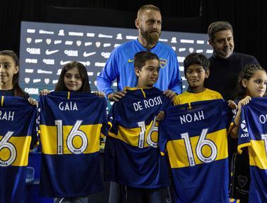 Mantan Gelandang AS Roma Resmi Diperkenalkan Boca Juniors