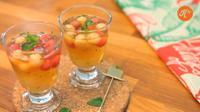 Resep Es Buah Melon dan Semangka untuk Buka Puasa. (dok. screenshot Vidio.com @Kokiku TV)