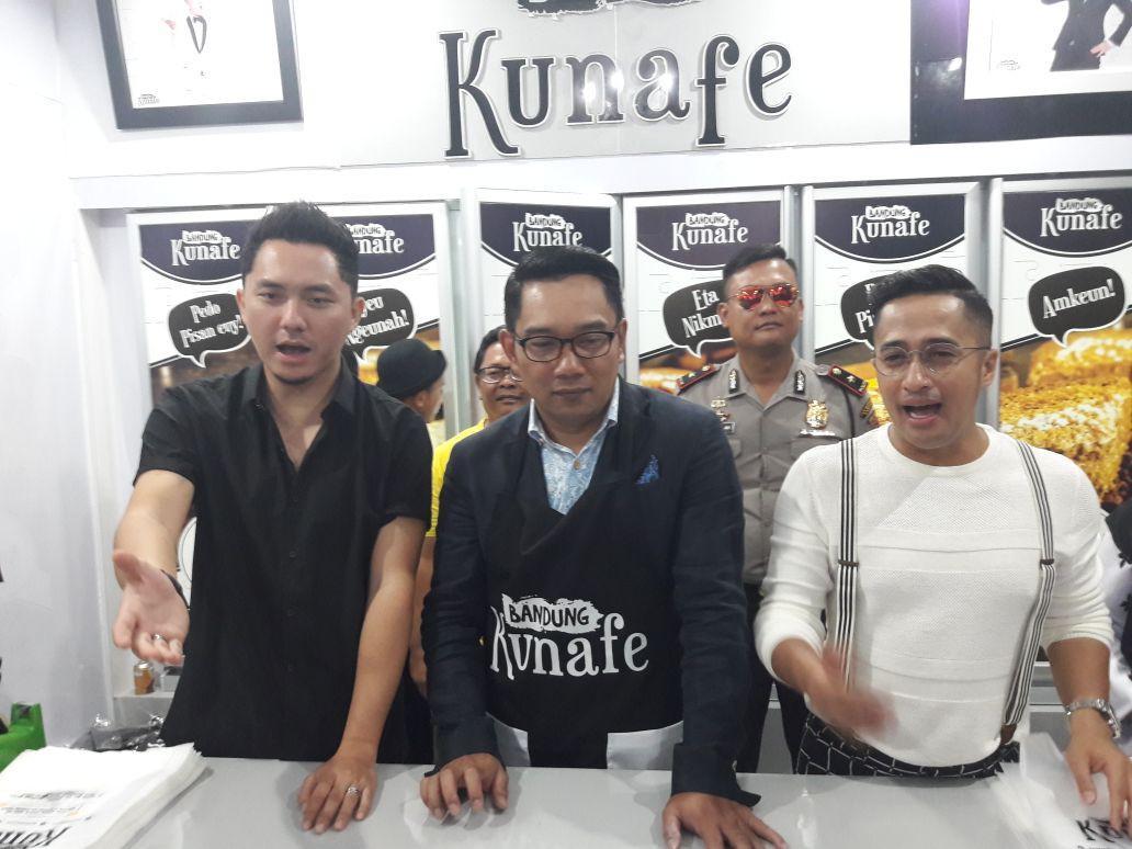 Omesh dan Irfan Hakim bersama dengan Ridwan Kamil