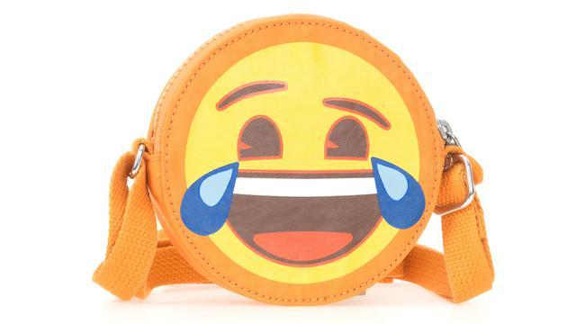 Kipling X Emoji Tas Berdesain Ceria Yang Mampu Mewarnai Hari Anda