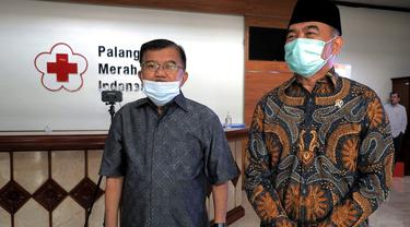 Menko PMK Muhadjir Effendy menemui Ketua Dewan Masjid Indonesia (DMI) sekaligus Ketum PMI Jusuf Kalla atau JK.