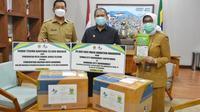 Pemerintah Kota Bandung menerima bantuan 20 ribu masker dari sister city Suwon, Korea Selatan. (sumber foto : Humas Pemkot Bandung)