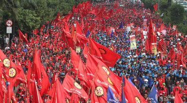 Tuntutuan Hari Buruh Internasional (May Day)