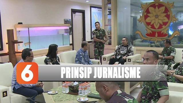 Pangkostrad Letjen Harto Karyawan bersilaturahmi dengan grup Emtek di Markas Kostrad.
