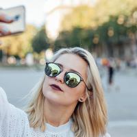 Ilustrasi Orang lagi selfie (iStockPhoto)