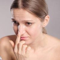 Ilustrasi komedo pada hidung. (Sumber foto: Boldsky.com)