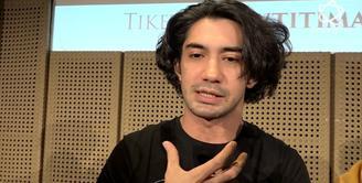 Reza Rahadian Memilih Teater Ketimbang Film?