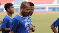Kapten Persib Bandung, Supardi Nasir. (Bola.com/Erwin Snaz)