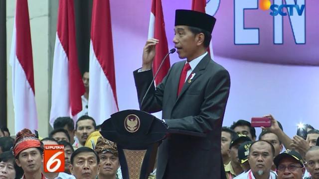Jokowi berharap dana desa dapat dimanfaatkan untuk meningkatan roda perekonomian di desa, pengadaan bahan baku pembangunan infrastruktur hingga pekerja diharapkan semuanya berasal dari desanya sendiri.