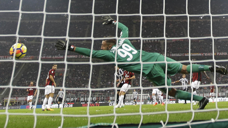 Agen Minta AC Milan Batalkan Kontrak Donnarumma - Dunia