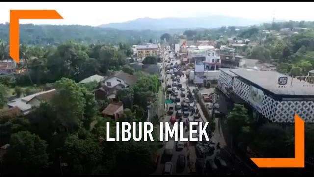 Polres Bogor mempersingkat buka tutup lalu lintas menuju Puncak saat libur Imlek. Hal ini dilakukan karena arus kendaraan menuju Puncak Jawa Barat tidak sepadat libur Natal dan Tahun Baru.