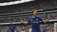 Pemain Chelsea, Marcos Alonso bisa menjadi senjata andalan Antonio Conte untuk mencetak gol. Saat ini Alonso telah mencetak dua gol untuk Chelsea.  (AFP/Ben Stansall)